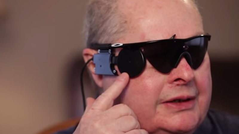 В Великобритании еще 10 человек получат бионическое зрение