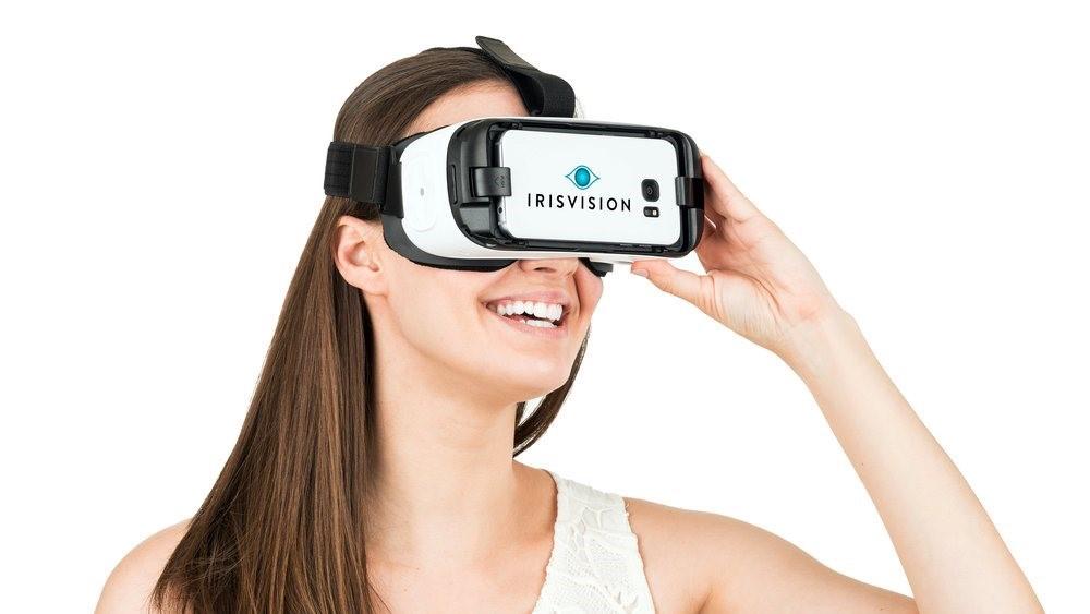 Устройство виртуальной реальности с программным обеспечения для слабовидящих