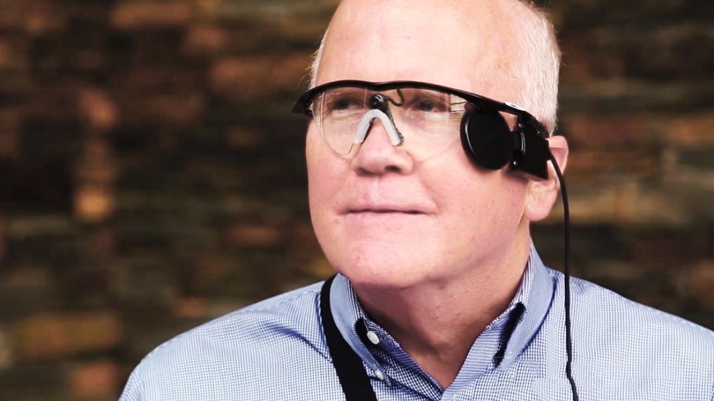 Новый бионический глаз Second Sight получил право на быструю сертификацию в США