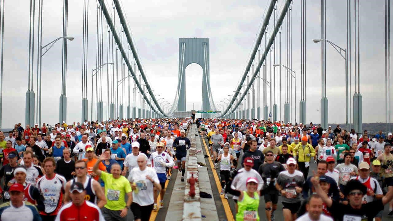 Пробежать марафон без зрения и без помощника